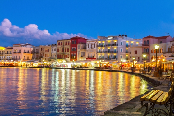 chania_harbour_night_560